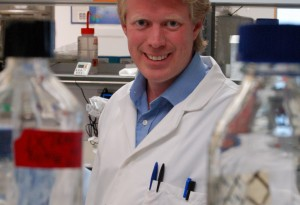 Thomas Helleday in his laboratory in Oxford, UK, in 2009. First published by Science Careers.